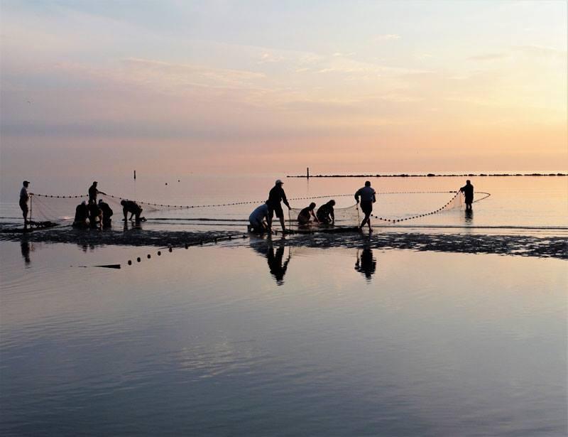 Spiaggia Cesenatico pesca alla tratta