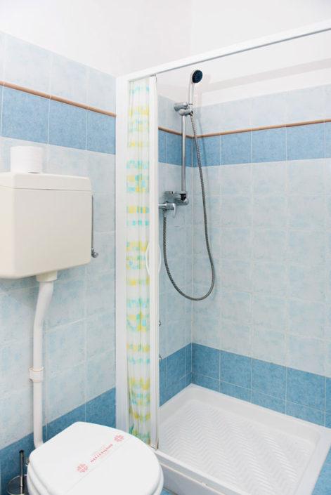 Dettaglio sanitari bagno in camera Hotel Villa Rosa