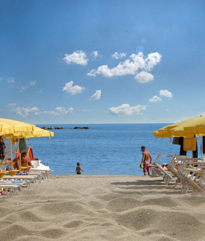 Dettaglio spiaggia Cesenatico vicino Hotel Villa Rosa