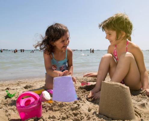 cesenatico-hotel-2-stelle-offerte-agosto-bambini-gratis